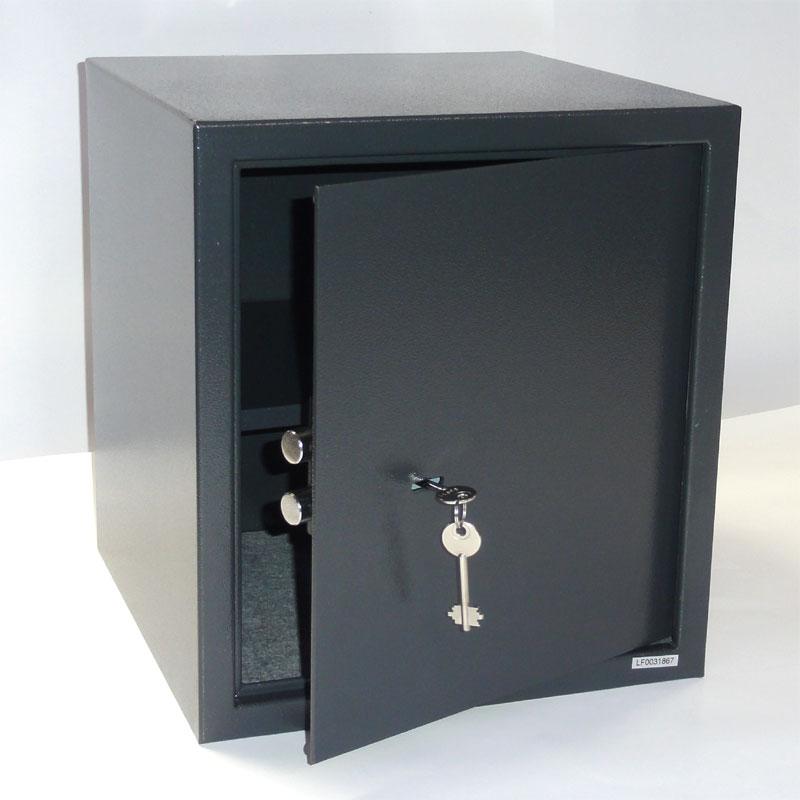 tresor safe m beltresor mit elektr zahlenschloss notschl ssel schwarz ebay. Black Bedroom Furniture Sets. Home Design Ideas