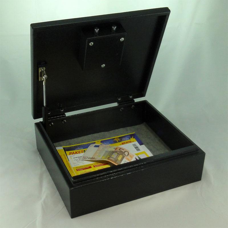 tr sor coffre meuble coffre fort avec code chiffr cl d 39 urgence 12 l ebay. Black Bedroom Furniture Sets. Home Design Ideas