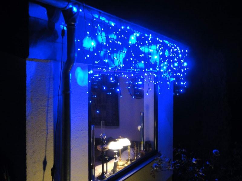 3m led eiszapfen lichterkette icicle light blau led lichterketten eiszapfenlicht. Black Bedroom Furniture Sets. Home Design Ideas