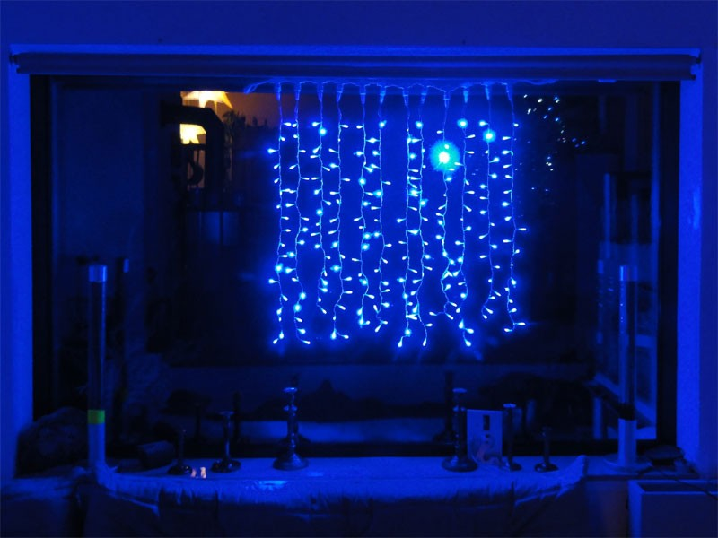 216 led lichterketten vorhang 1x1m blau f r innen led. Black Bedroom Furniture Sets. Home Design Ideas